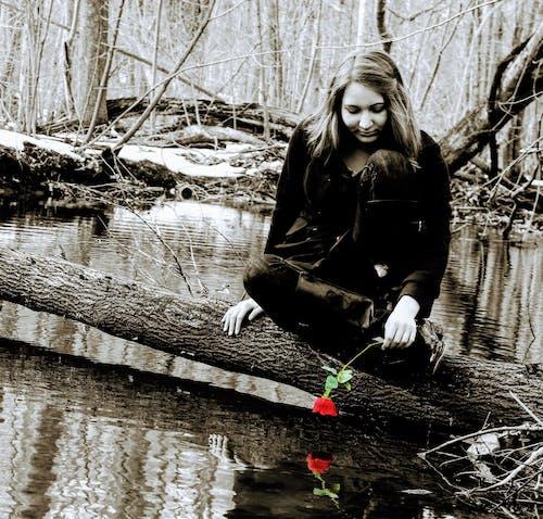 Бесплатное стоковое фото с активный отдых, Взрослый, вода, девочка