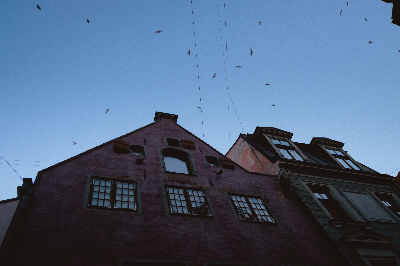 Kostenloses Stock Foto zu alte stadt, blau, himmel