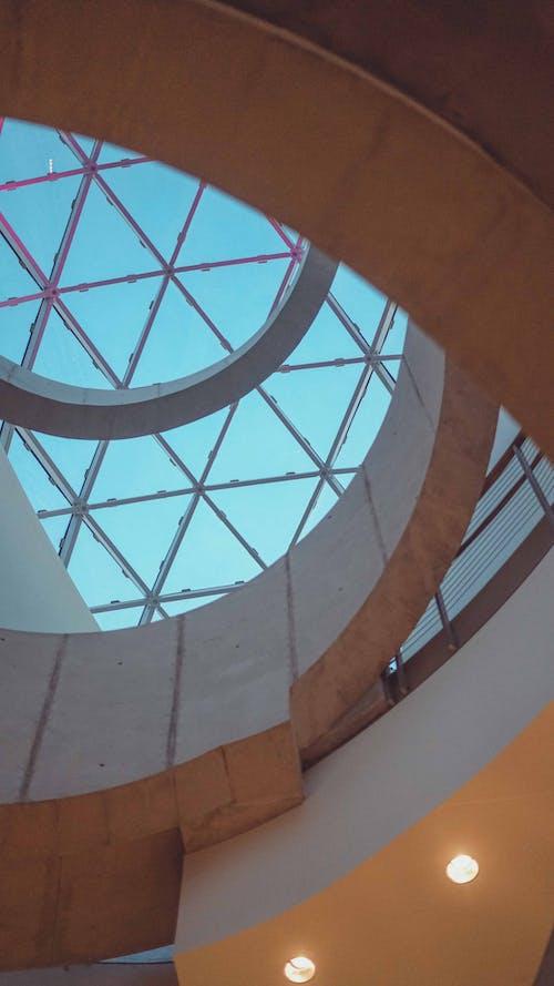 スパイラル, 建築デザインの無料の写真素材