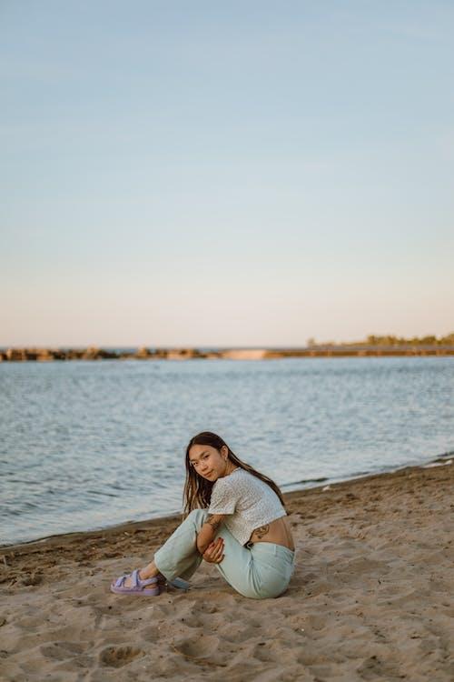 Бесплатное стоковое фото с веселье, вода, девочка
