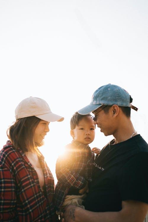 Gratis stockfoto met Aziatisch, dragen, familie