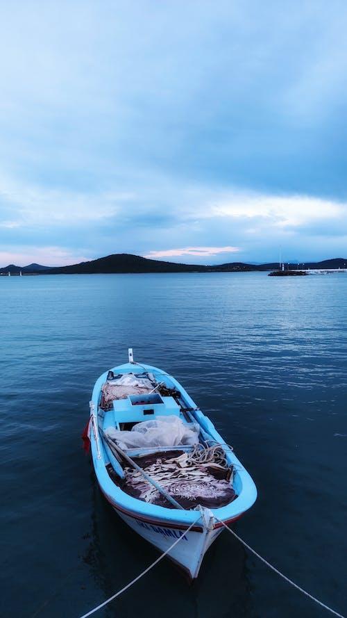 Fotos de stock gratuitas de al aire libre, barca, cielo azul