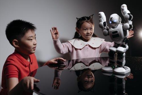 Бесплатное стоковое фото с азиатский, веселье, выражение лица