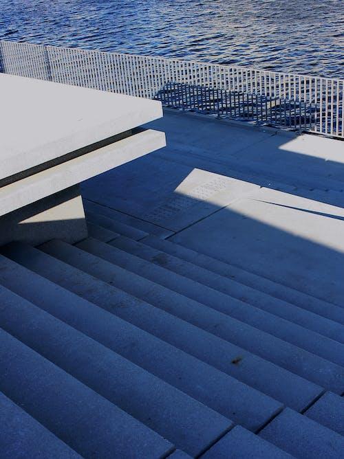Kostnadsfri bild av arkitektur, bänk, byggnad