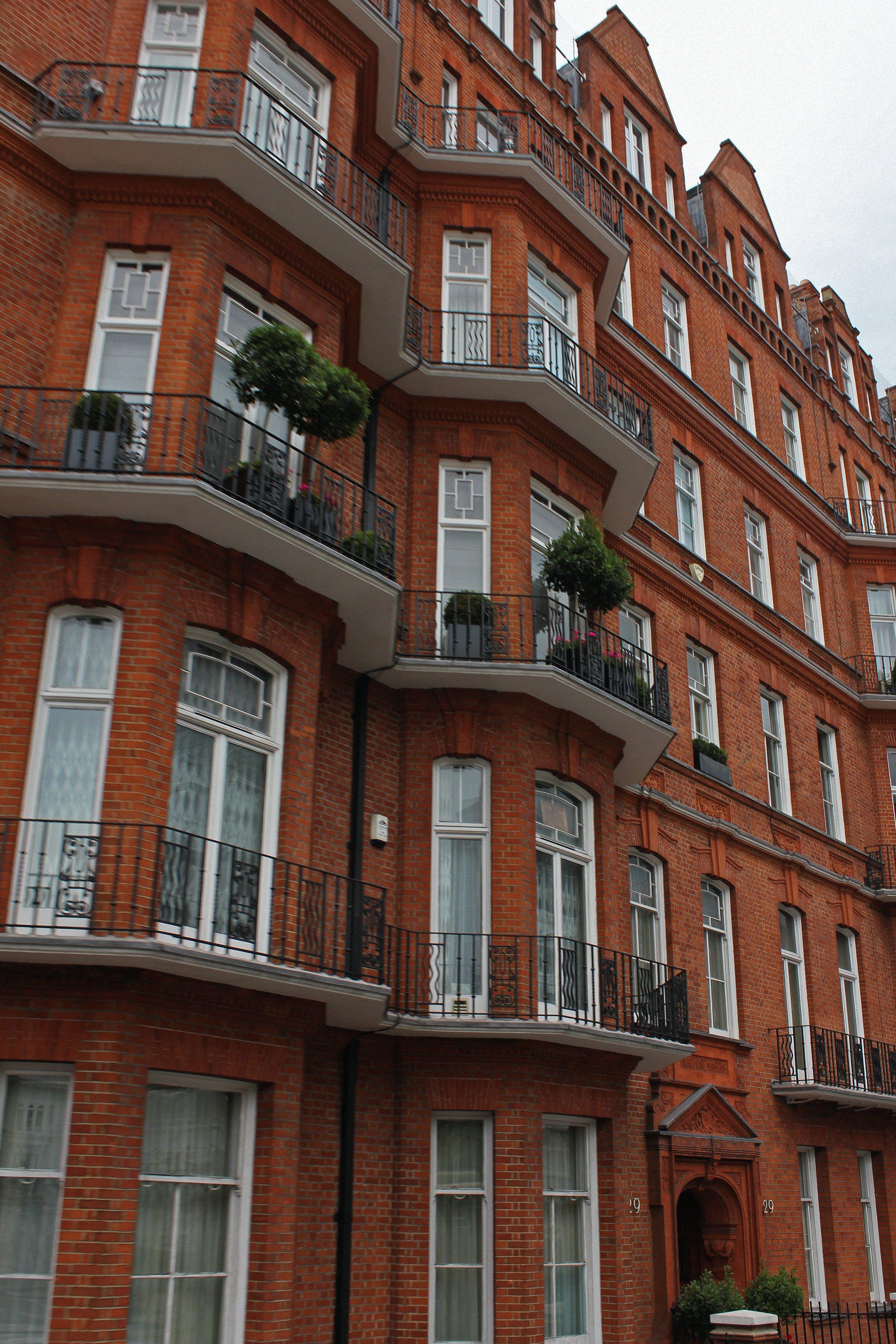 Free stock photo of apartment building, apartments, balcony, beautiful
