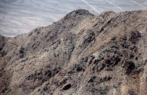 Gratis stockfoto met een bergtop in nevada