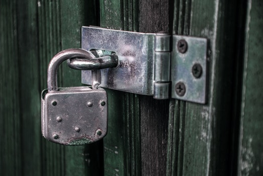 Free stock photo of wood, door, padlock, shed