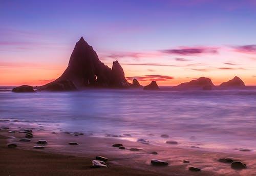 Darmowe zdjęcie z galerii z plaża, woda, zachód słońca