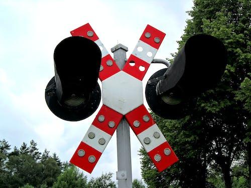 Darmowe zdjęcie z galerii z kolej, światło ruchu kolejowego, sygnalizacja świetlna