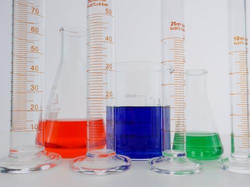 Foto profissional grátis de análise, artigos de vidro de laboratório, biologia
