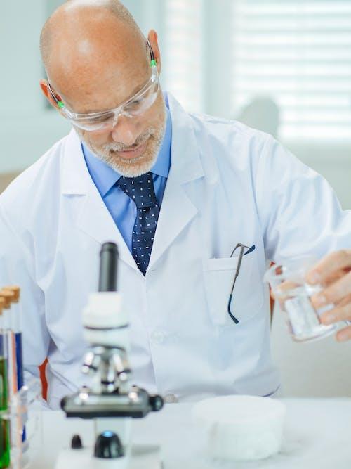 Immagine gratuita di analisi, attrezzature di laboratorio, biochimica