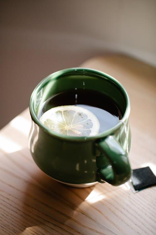 Foto profissional grátis de bebida, caneca, cerâmica