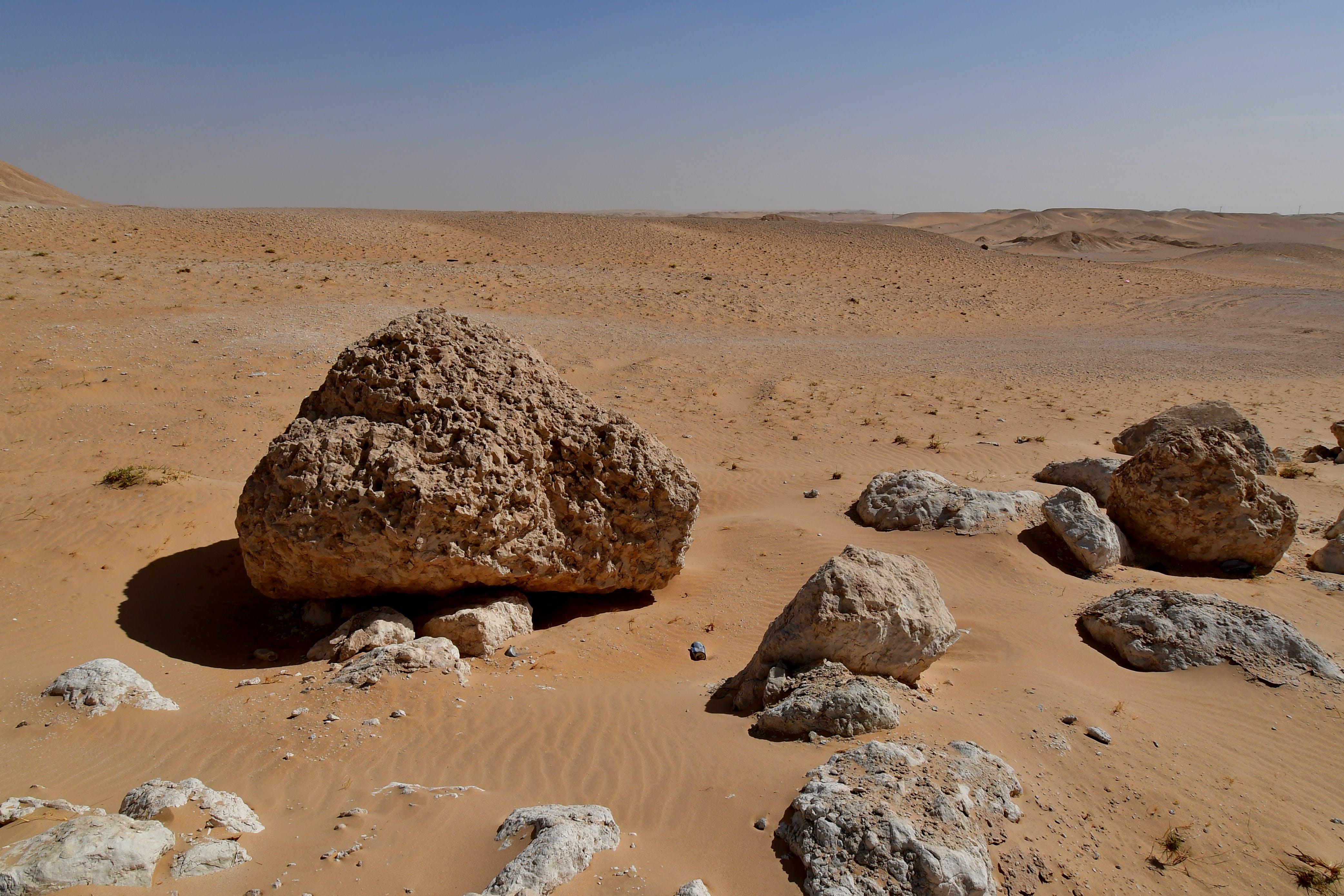Fotos de stock gratuitas de arena caliente, arena del desierto, arena y cielo, cielo del desierto