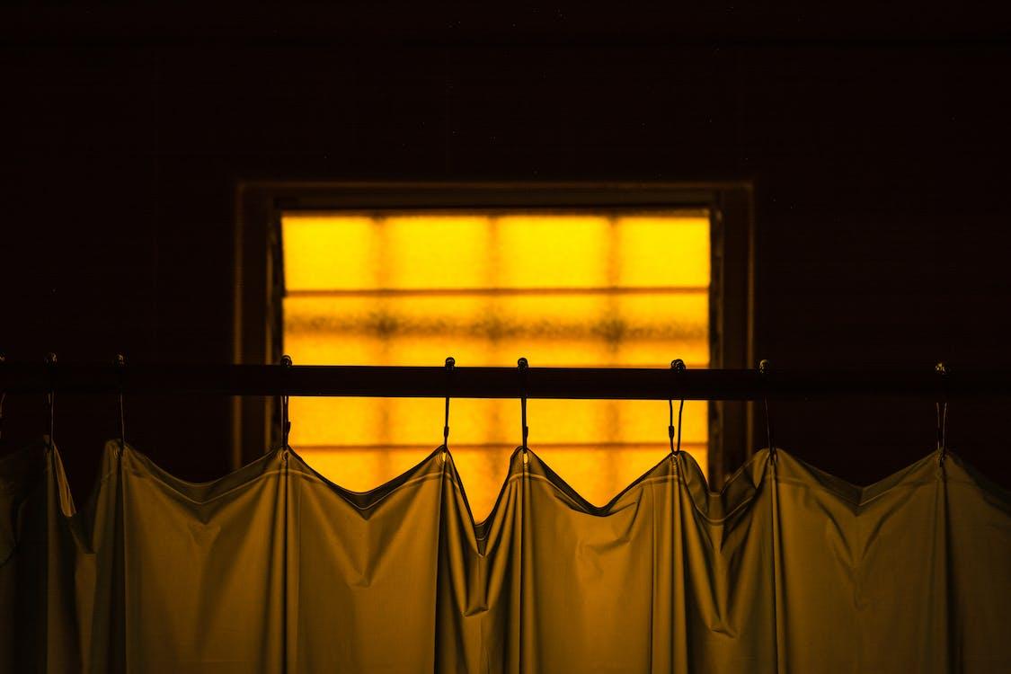 Foto d'estoc gratuïta de bany, cortina, cortines