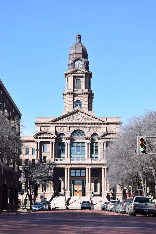 Foto stok gratis biru, gedung pengadilan, jalan, kota