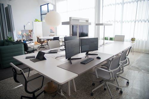 Photos gratuites de bureau, chaises, décoration d'intérieur