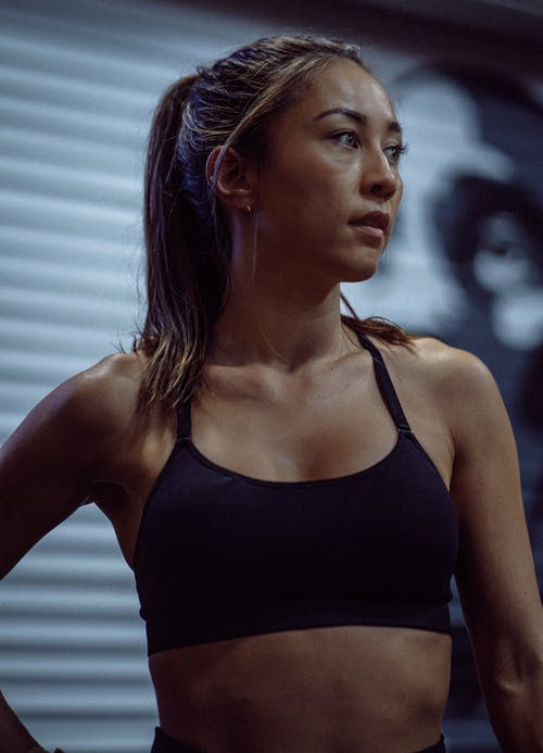 Immagine gratuita di abbigliamento sportivo, acconciatura, activewear