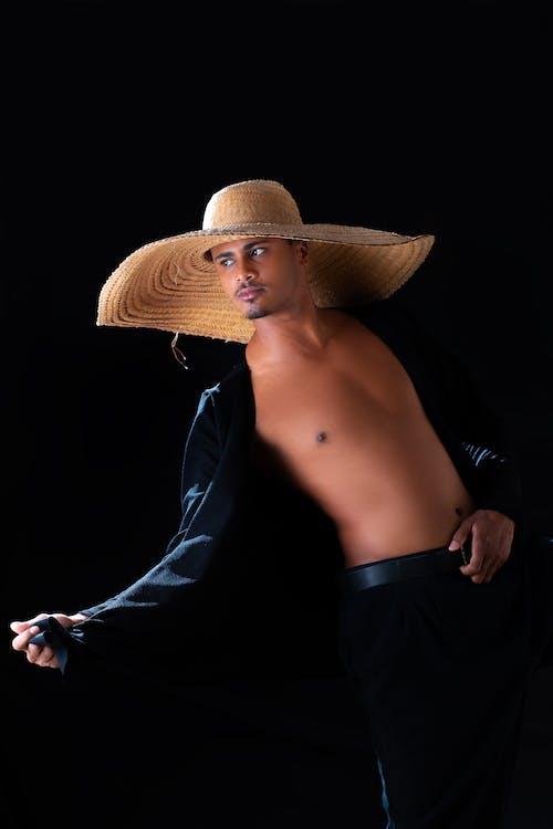 Kostenloses Stock Foto zu afrikanischer mann, arbeiter, attrappe