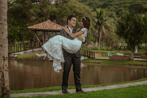 Gratis stockfoto met boom, bruiloft, buiten