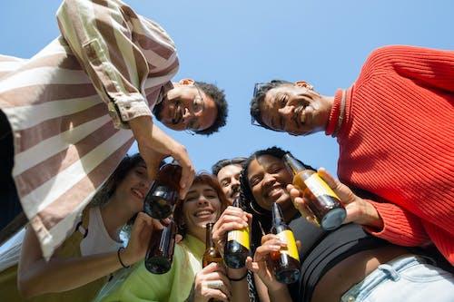 Δωρεάν στοκ φωτογραφιών με αλκοολούχα ποτά, άνδρες, άνδρες από την αφρική