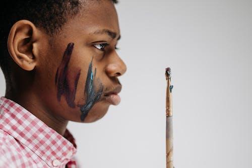 Foto stok gratis anak-anak, artistik, berseni