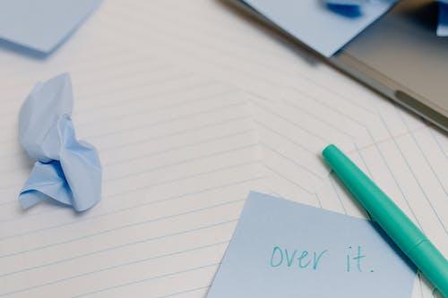 それを投稿, ノート, ペンの無料の写真素材