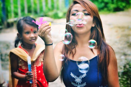 Gratis lagerfoto af Asiatisk pige, baby, barndom, forelsket