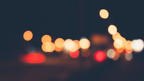 Základová fotografie zdarma na téma noc, provoz, rozostření, světla