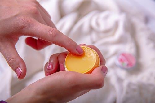 Kostenloses Stock Foto zu aromatherapie, behandlung, berühren