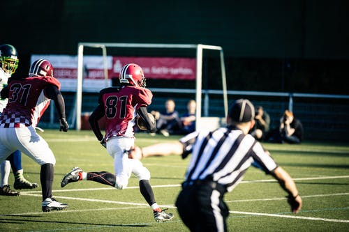 Kostenloses Stock Foto zu action, aktion, american football, american football-spieler