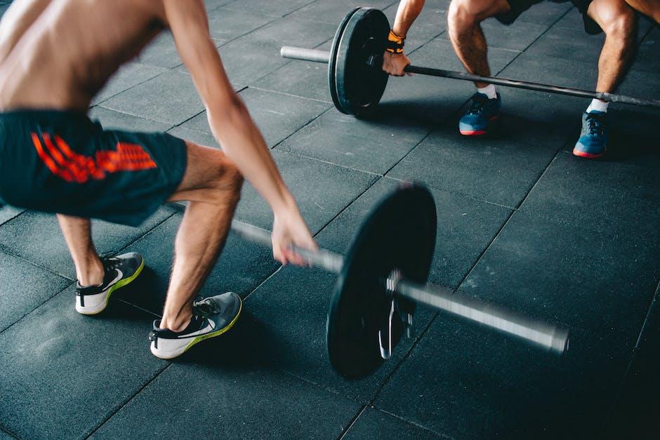 เคล็ดลับการออกกำลังกายที่จะช่วยให้คุณฟิตตลอดชีวิต! thumbnail