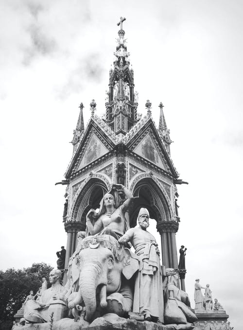 Prince Albert Memorial In Den Kensington Gardens