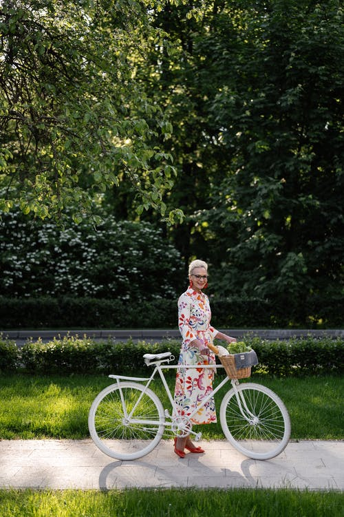 Free stock photo of granny, senior, senior adult