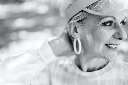 Fotos de stock gratuitas de abuelita, adulto, adulto mayor
