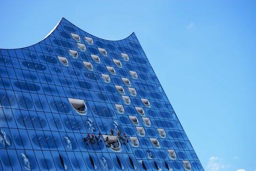 Kostenloses Stock Foto zu architektur, architekturdesign, blauer himmel, hamburg