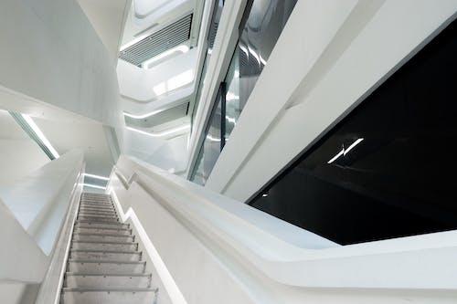 가벼운, 건축, 건축 설계, 계단의 무료 스톡 사진