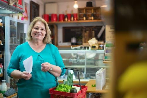 구매, 미소 짓는, 바구니의 무료 스톡 사진