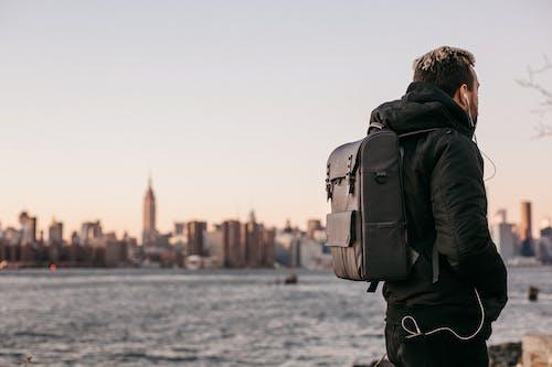 คลังภาพถ่ายฟรี ของ กระเป๋าเป้, ตอนกลางวัน, ตึก, ตึกระฟ้า