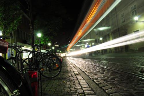 คลังภาพถ่ายฟรี ของ กลางคืน, การเคลื่อนไหว, ความเร็ว, จักรยาน