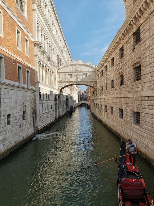 Kostnadsfri bild av arkitektur, byggnader, flod