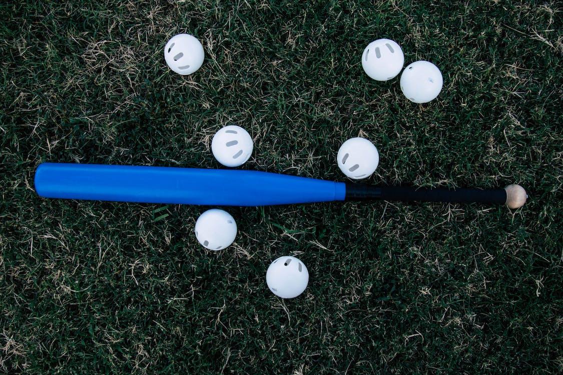 bejzbal, bejzbalová pálka, gule