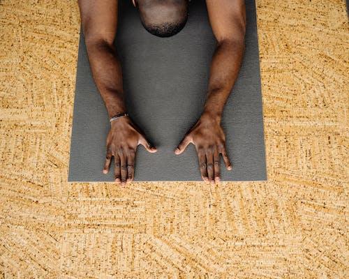 Ilmainen kuvapankkikuva tunnisteilla fitness, Jooga, joogamatto