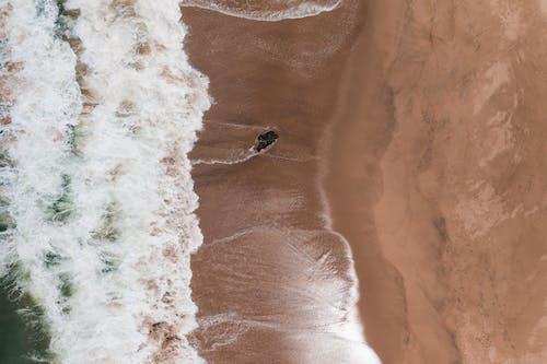 Бесплатное стоковое фото с Аэрофотосъемка, берег, вид сверху