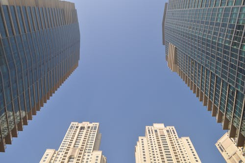 Immagine gratuita di alto, architettura, articoli di vetro, centro città