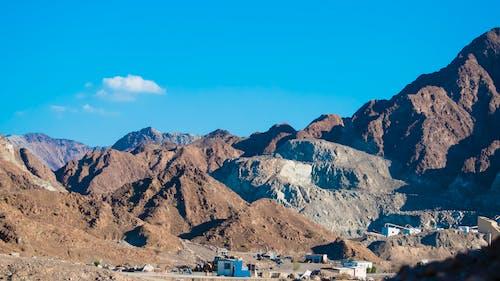 Gratis lagerfoto af bakker udsigt, bjerg, blå, brun
