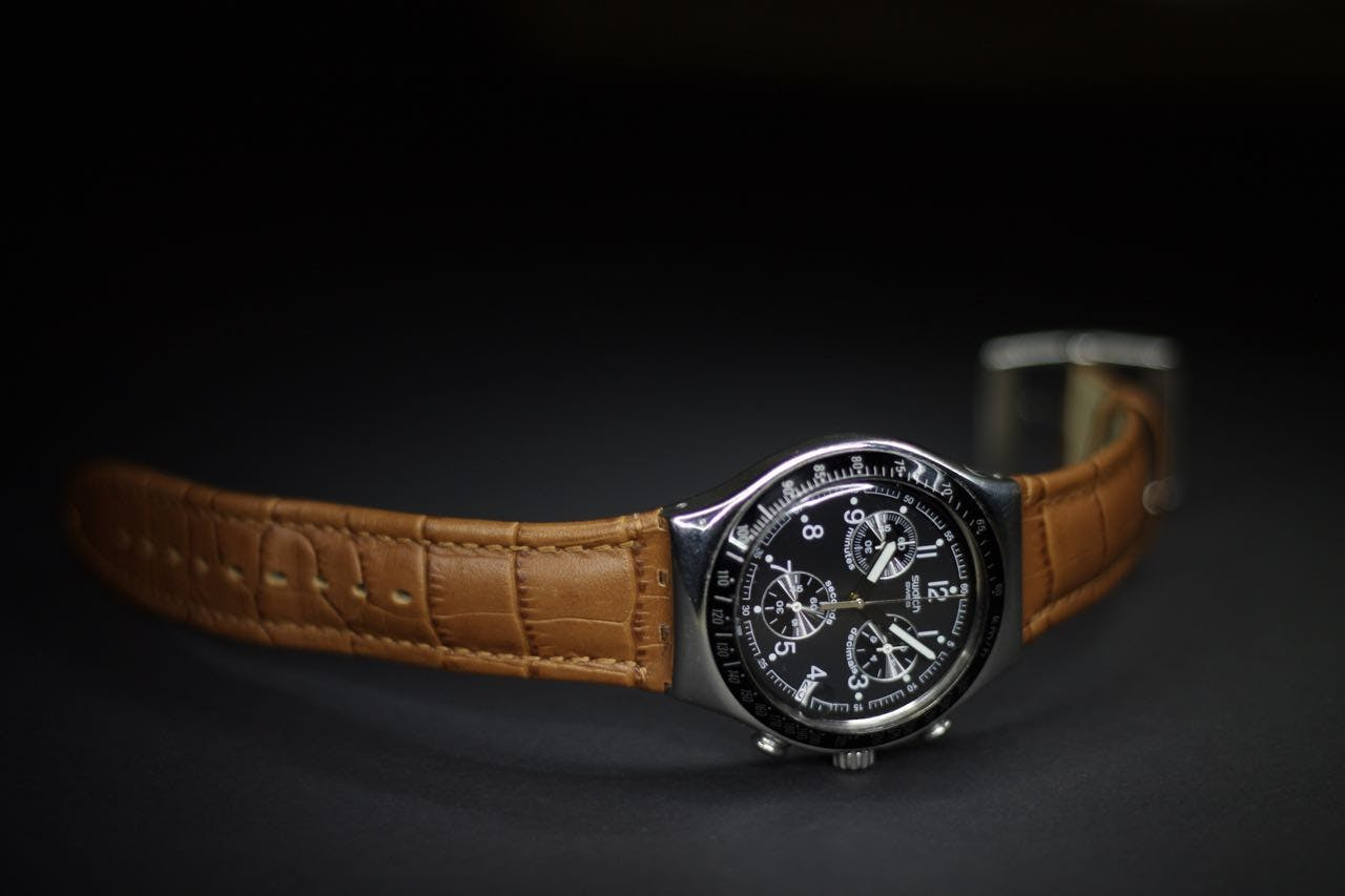 Round Silver-colored Chronograph Watch