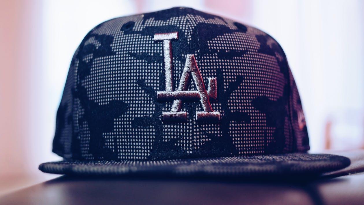 czapka z daszkiem, los angeles, moda