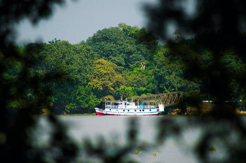Free stock photo of boat, boat ferry, ganges, steam locomotive