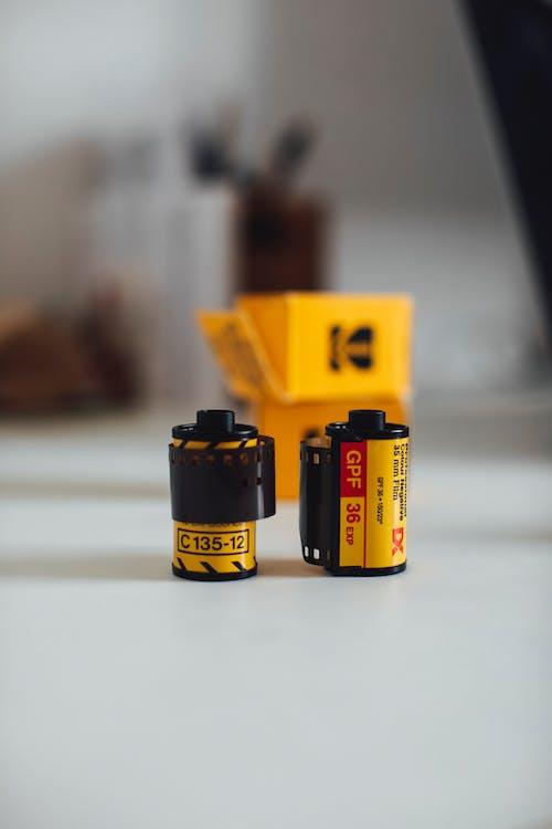 Fotos de stock gratuitas de 35 mm, acción, adentro