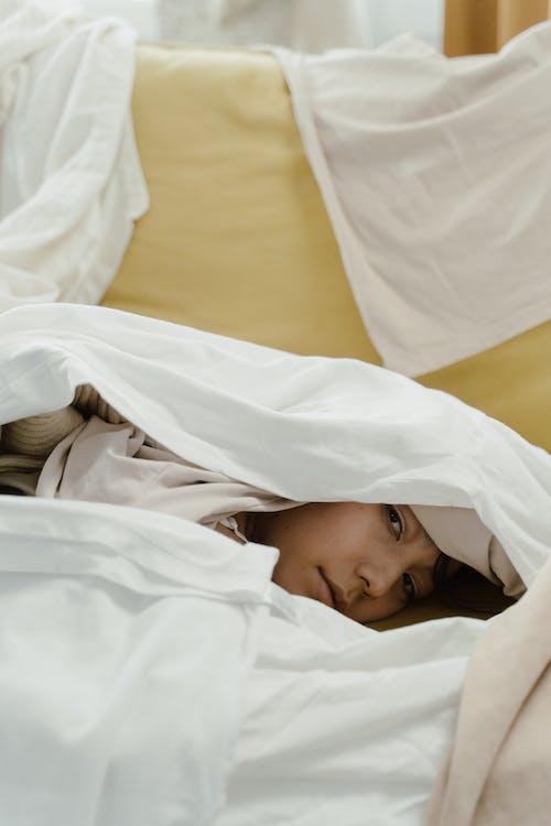 Immagine gratuita di abiti, accogliente, assonnato
